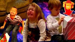 20 вредных детей которые получили в подарок совсем не то что хотели