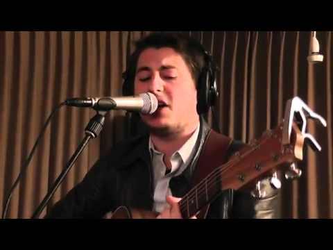 Multiply (a Jamie Lidell song) - Jaimi Faulkner (live at radio 6 the Netherlands 20 10 2011)