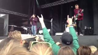 Download Video Lukas Graham - Moving Alone, Skive Festival 2012 MP3 3GP MP4