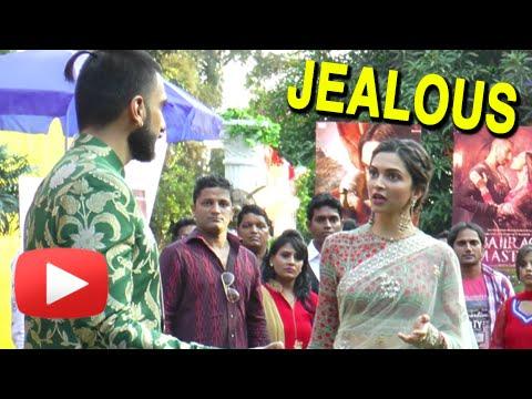 Ranveer Singh Makes Deepika Padukone JEALOUS