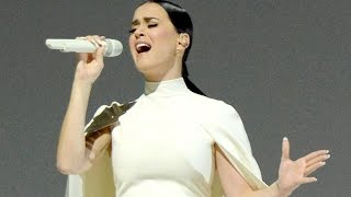 """Katy Perry Stuns Audiences With Her 2015 Grammys Performance """"By the Grace of God""""!"""