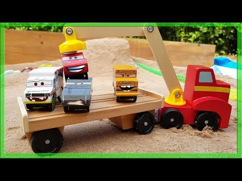 Disney Cars Wooden Lightning Mcqueen and Friends on Transport Truck and in the Tunnel