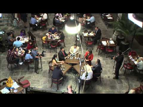 The Cafe - Mexico: Failed State Or Economic Giant?