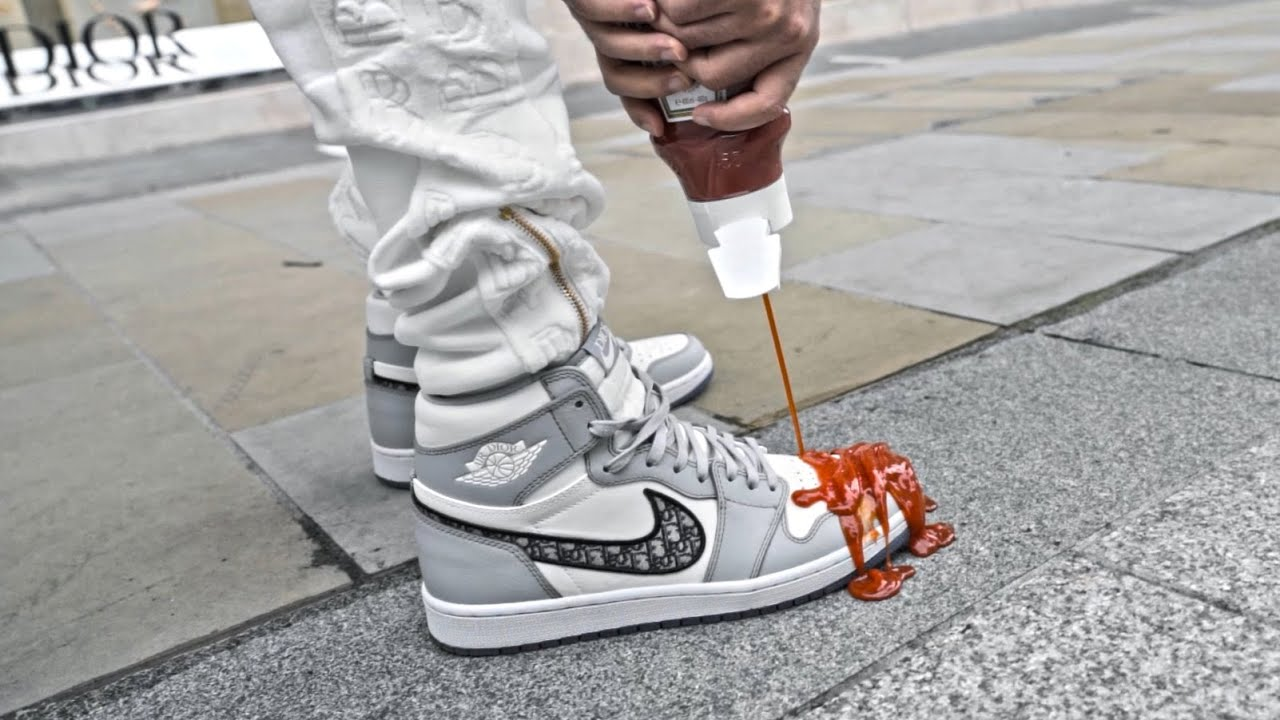Will The $20,000 Air Jordan 1 Dior Survive The Ketchup Test!?