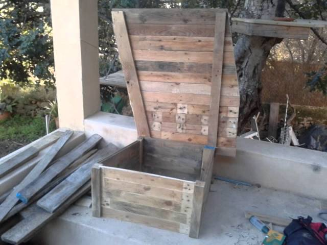 Casa en arbol para gatos con palets reciclados. Treehouse for cats. Making off Travel Video