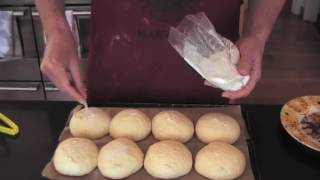 How to make bread rolls (hairy biker, barmcakes)