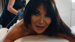 Pure Skin International: iOS 21 - Bum Lift with Lizzie Cundy