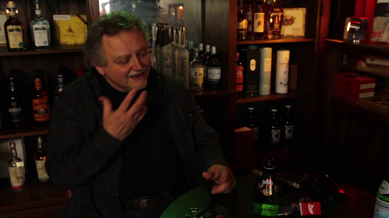 Ghost Tales Episode 8 - Bob & Ron Helmick chat Ghosts and the Paranormal at Shaker's