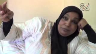 بالفيديو.. مديرة مدرسة تضرب عن الطعام بعد استبعادها في بورسعيد