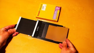 How to load 4x5 fİlm holders for large format photography.