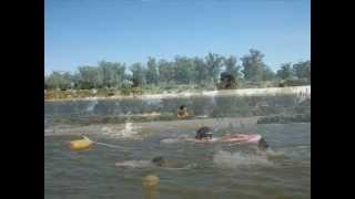 Integra Verano  2013 1er semana enseñanza de natación en Playa Pascual.wmv