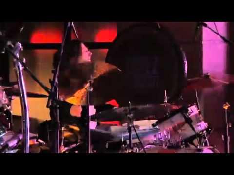 Slash performs Brown Sugar w/ Michael Bearden & The Ese Vatos on Lopez Tonight