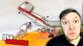 КОГДА СИЛЬНО ПОДСКОЛЬЗНУЛСЯ! » GTA 5 Online » ГТА 5 Гонки » Весёлые моменты, угар