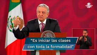 El presidente Andrés Manuel López Obrador aseguró que el plan para regresar a clases de manera virtual, con ayuda de las televisoras, no es cursos de emergencia o transitorio, sino el retomar las clases interrumpidas por la pandemia de Covid-19 con toda formalidad
