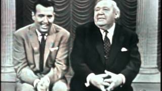 Tennessee Ernie Ford & Charles Laughton do Old Rattler