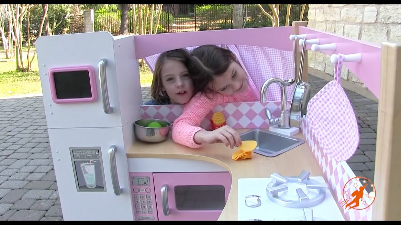 Kidkraft Grand Gourmet Corner Kids Toy Kitchen   Unboxing,Review And  Pretend Cooking   YouTube