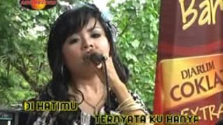 Download lagu Dian Marsanda Terkatung Katung
