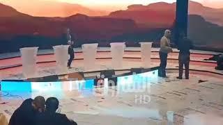 الشروق تقف على آخر التحضيرات للقاعة المخصصة لإجراء المناظرة بين مترشحىي الرئاسة هذا الجمعة
