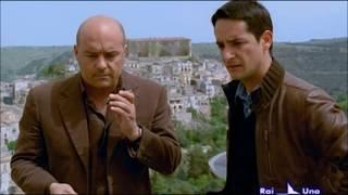 Il commissario Montalbano. Escenas graciosas. S07 E02 (2) - Le ali della Sfinge