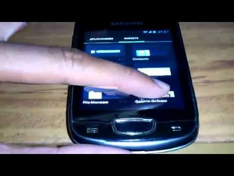 Samsung Galaxy Mini corriendo Android 4.1.1 Jelly Bean CyanogenMod 10