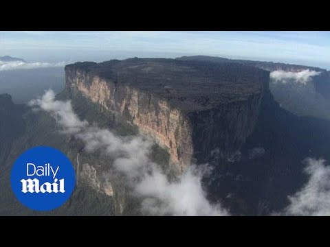 The breathtaking view of Mount Roraima in South America - Daily Mail