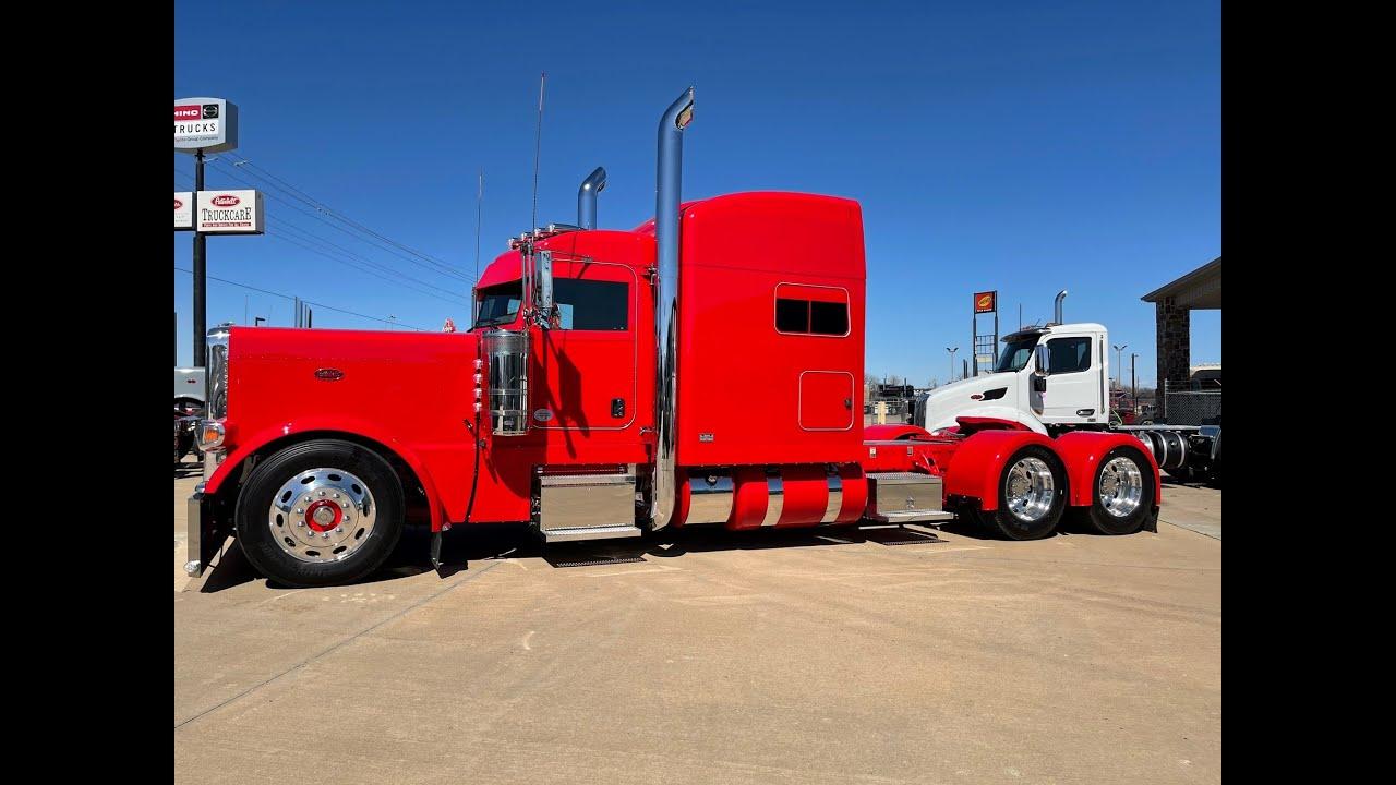 Custom Left Lane Hot Rod for the guys at The Truck Shop New Peterbilt 389