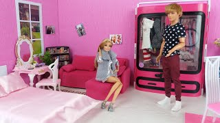Barbie and Ken Morning bedroom Bathroom routine.Dolls and Toys video.