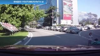 В центре Сочи из багажника авто выпали дети. Новости Эфкате