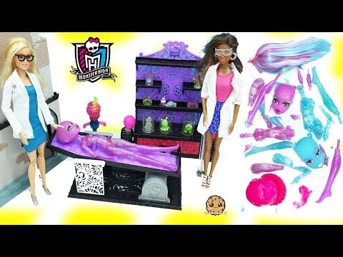 Thumbnail: Scientist Barbie Dolls Create A Blob & Ice Girls Monster High Doll in Lab - Toy Video