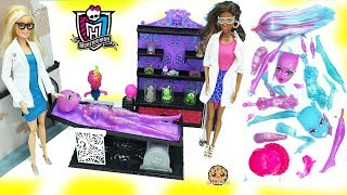 Scientist Barbie Dolls Create A Blob & Ice Girls Monster High Doll in Lab - Toy Video thumbnail