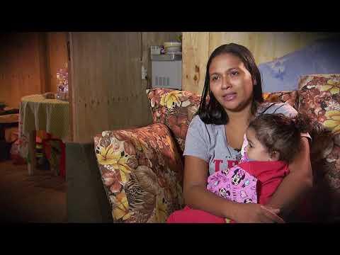 Câmera Record mostra as dificuldades dos moradores que vivem na maior favela de palafitas do Brasil