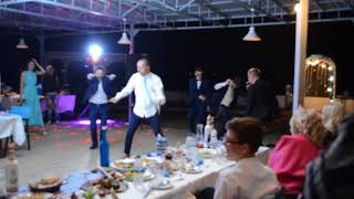 Свадьба Константина и Валерии, танец на выкуп невесты<