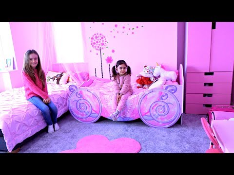 Emily's Room Tour!