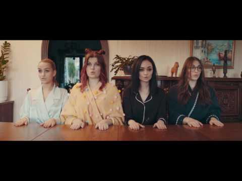 Tyynysotaa - Vilma Alina, Nelli Matula, Ida Paul & Sini Yase