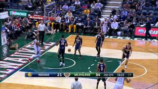NBA: John Henson Goes High for the Alley-Oop Jam