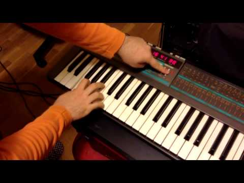 KORG Poly-800 Sound demo