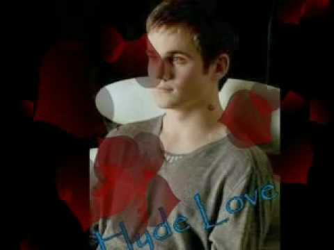 "Allan Hyde""Godric"""