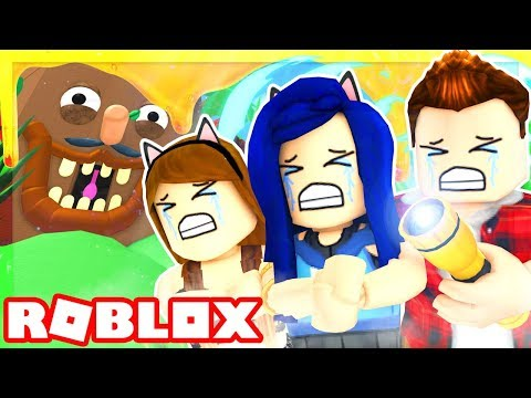 ESCAPE THE GIANT EVIL TREE IN ROBLOX!! WE MUST GET TO THE TOP!