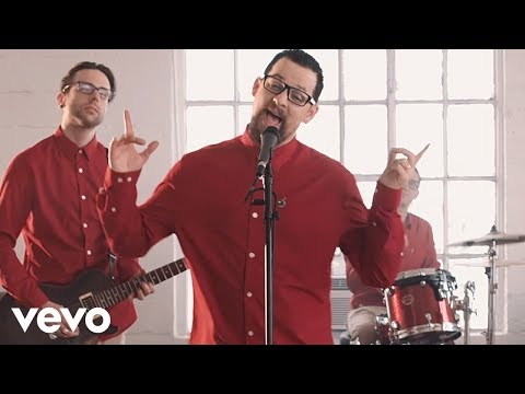 Good Charlotte - Makeshift Love (Music Video)