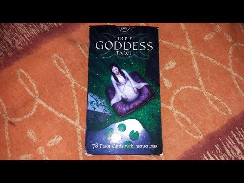 Triple Goddess Tarot (Tarot de la Triple Déesse): Review