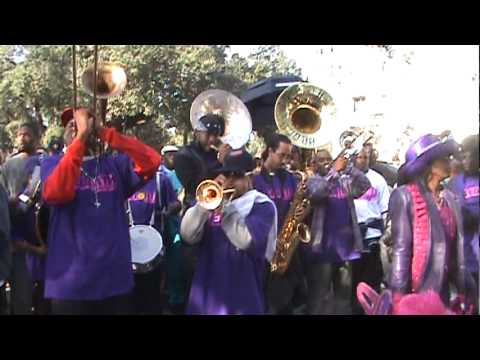 Rebirth playing A.P. Tureaud at Lady Buckjumpers 2010 second line parade