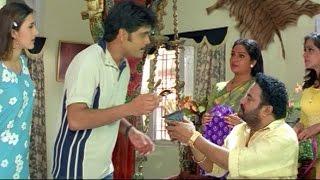 Nagarjuna  cigarette Scene    Sitaramaraju Movie    Harikrishna,Nagarjuna