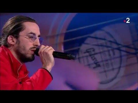 Lomepal interprète 'Yeux disent' en live dans #ONPC