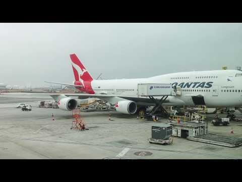 QANTAS Boeing 747-400ER / Los Angeles to New York JFK / 4K VIDEO !