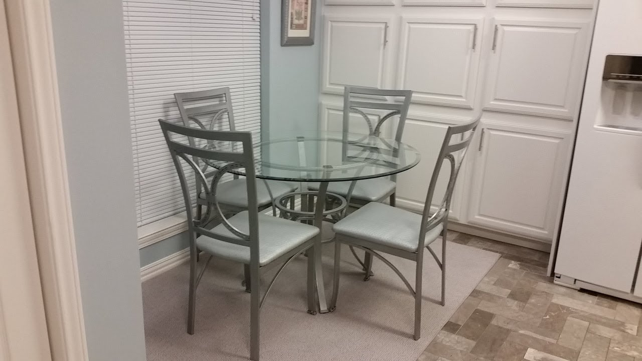 DIY Budget Dinette Table & Chairs Overhaul - Rust-Oleum Hammered ...