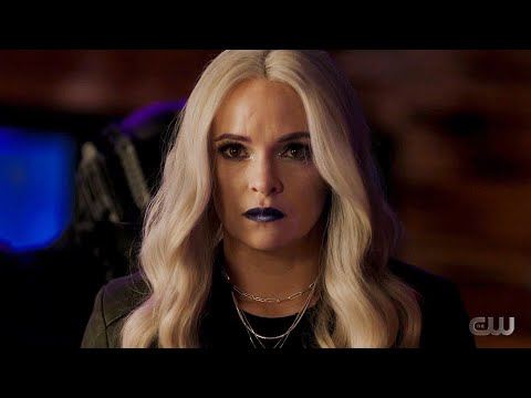 The Flash 7x07 ending Killer Frost turns herself in