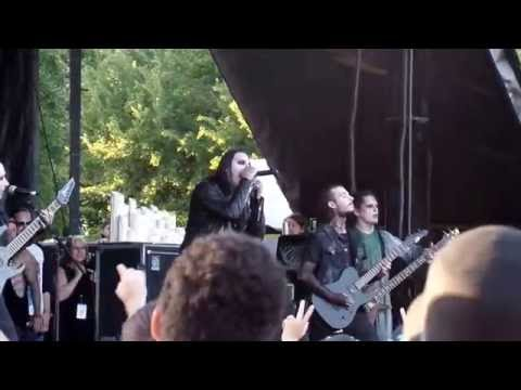 Motionless In White - 570 (LIVE DEBUT!!!) (Live Vans Warped Tour 2016)