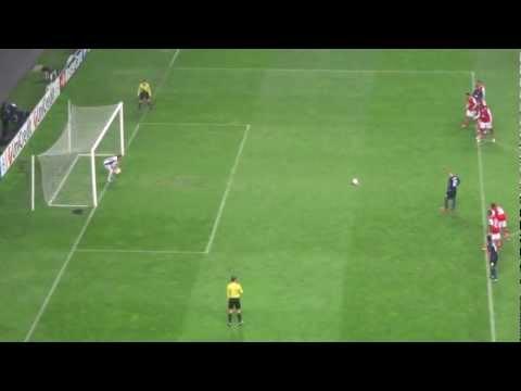 Rooney's penalty at Braga's stadium 7.11.2012