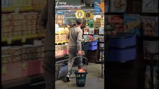Justin Timberlake and Jessica Biel buying supplies..