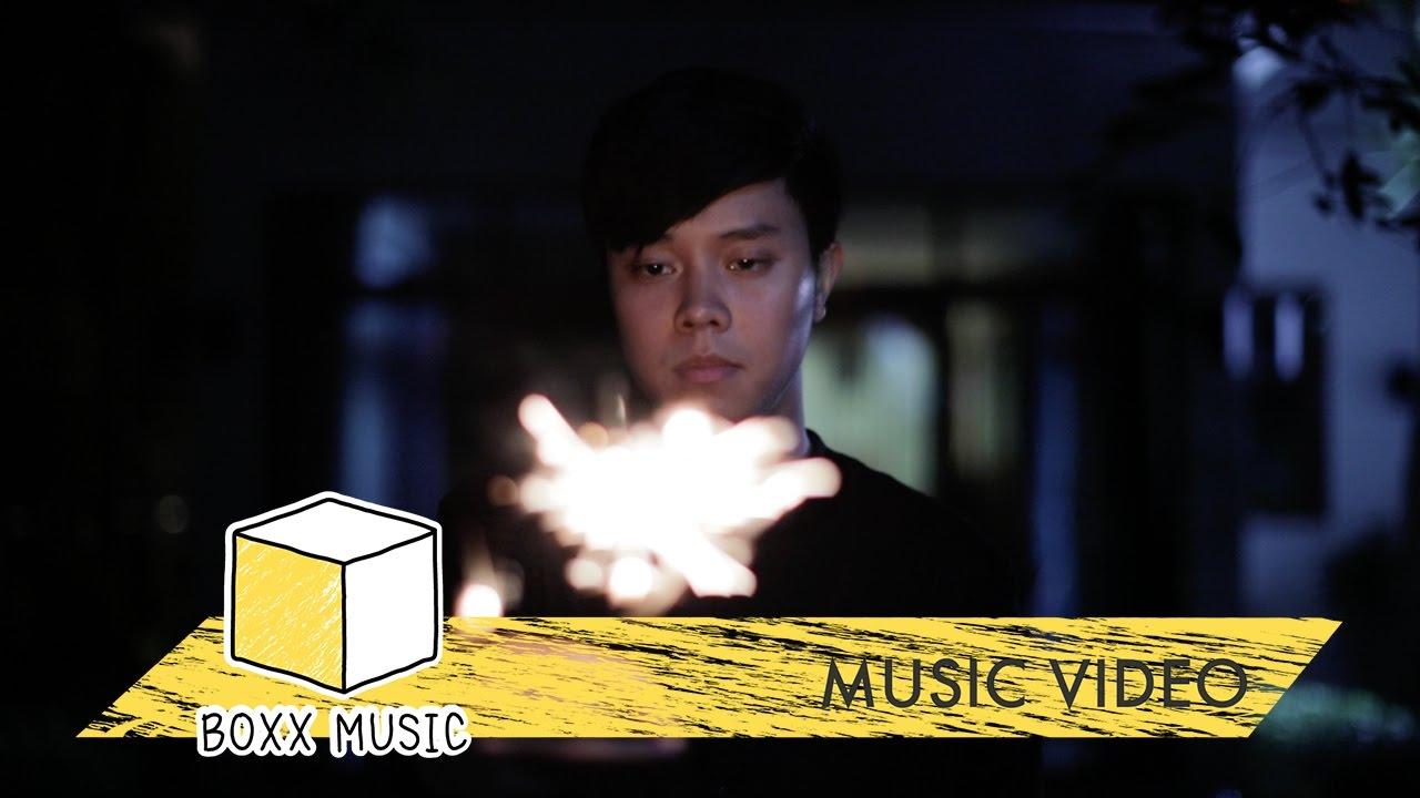Download ขอพร - GUNN JUNHAVAT [ Official MV ]